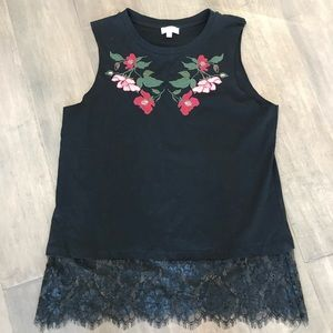🍁Umgee Black Floral Embroidered Lace Trim Top SzS